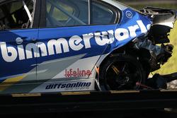 #81 BimmerWorld Racing BMW 328i: Jerry Kaufman, Kyle Tilley dopo un incidente