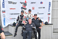 Race winner Santiago Urrutia, Schmidt Peterson Motorsports, second place André Negrao, Schmidt Peter
