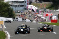 Ryan Tveter, Carlin, Dallara F312 – Volkswagen; Harrison Newey, Van Amersfoort Racing, Dallara F312