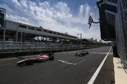 Sergey Sirotkin, ART Grand Prix & Raffaele Marciello, RUSSIAN TIME cross the finish line