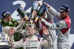 LMP1 podium: class and overal winners #2 Porsche Team Porsche 919 Hybrid: Romain Dumas takes a champ