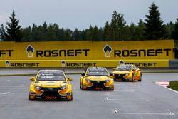 Gabriele Tarquini, LADA Sport Rosneft, Lada Vesta; Hugo Valente, LADA Sport Rosneft, Lada Vesta; Nic