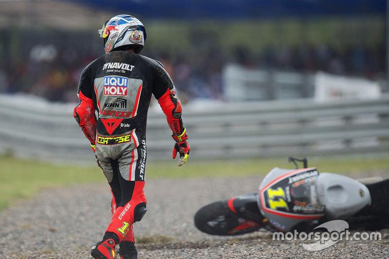 Sandro Cortese – Sturz Moto2