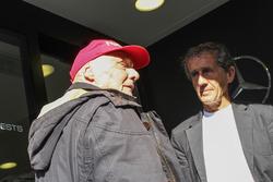 Niki Lauda, directeur non-exécutif Mercedes avec Alain Prost,