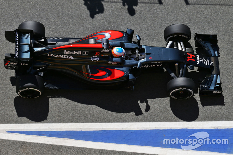 Não sabemos se era isso que Fernando Alonso dizia para membros da McLaren, mas a verdade é que o espanhol passou para o Q3 e larga na décima posição.