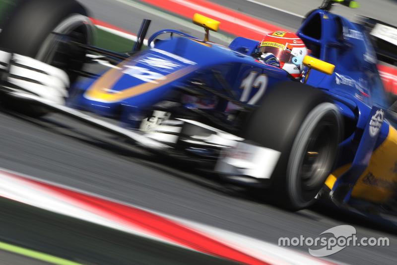 Felipe Nasr largou em 20º e mais uma vez sofreu com a falta de ritmo da Sauber.