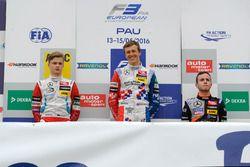 Podium: rookie, Nikita Mazepin, HitechGP Dallara F312 – Mercedes-Benz; Ben Barnicoat, HitechGP Dall