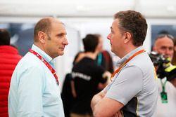 Bruno Michel, CEO bersama Mario Isola, Racing Manager, Pirelli Motorsport