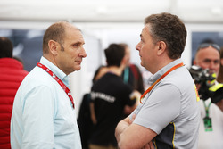 Bruno Michel, CEO mit Mario Isola, Racing Manager, Pirelli Motorsport