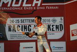 Andrea Bassi, Girasole, festeggia sul podio di Gara 1