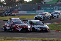 Sergey Afanasyev, SEAT León, Team Craft-Bamboo LUKOIL e Kevin Gleason, Honda Civic TCR, West Coast Racing