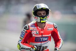 Andrea Iannone, Ducati Team setelah falling saat qualifying