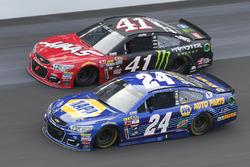 Chase Elliott, Hendrick Motorsports Chevrolet, Kurt Busch, Stewart-Haas Racing Chevrolet