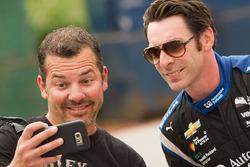 Simon Pagenaud, Team Penske Chevrolet taking a selfie with a fan