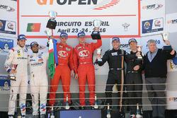 Podio: ganador Shaun Balfe, Philip Keen, segundo lugar Gustavo Yacamán, Fernando Monje, tercer lugar Thomas Biagi, Fabrizio Crestani