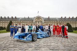 Foto di gruppo dei piloti della Formula E