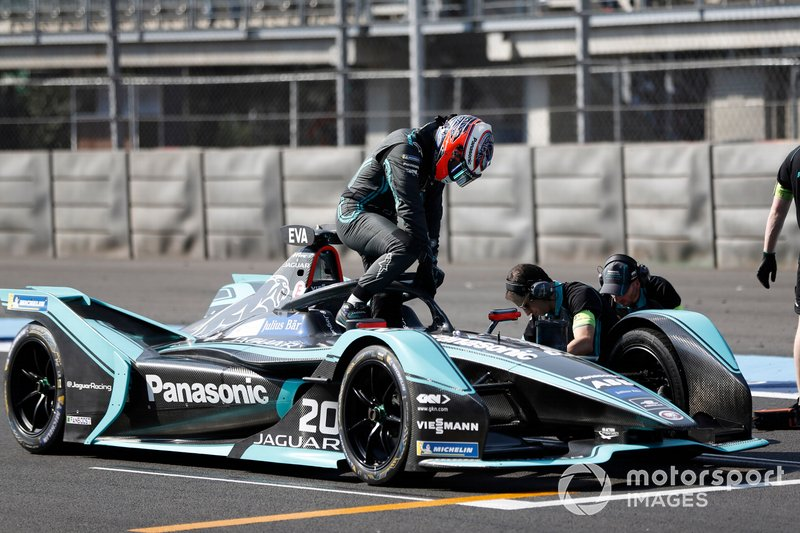 Mitch Evans en su Panasonic Jaguar Racing, Jaguar I-Type 3