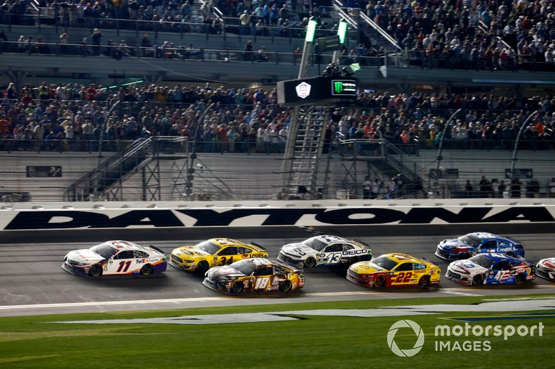 Denny Hamlin, Joe Gibbs Racing, Toyota Camry FedEx Express Kyle Busch, Joe Gibbs Racing, Toyota Camry M&M's Chocolate Bar Michael McDowell, Front Row Motorsports, Ford Mustang Love's Travel Stops Joey Logano, Team Penske, Ford Mustang Shell Pennzoil Ty Dillon, Germain Racing, Chevrolet Camaro GEICO Ryan Preece, JTG Daugherty Racing, Chevrolet Camaro Kroger.com