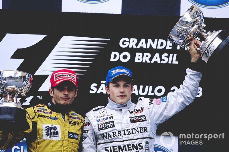 Depois do acidente, foi agitada a bandeira vermelha e a prova foi encerrada. O vencedor do momento, ao contrário do que todos imaginaram, foi Kimi Raikkonen, que ocupava a liderança na volta 53.