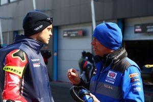 Leon Camier, Honda WSBK Team, mit Paul Denning
