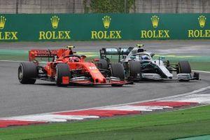 Шарль Леклер, Ferrari SF90, и Валттери Боттас, Mercedes AMG F1 W10