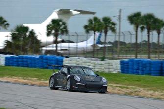 #19 MP1B Porsche 991 driven by Lino Fayen & Angel Benitez Jr. of Formula Motorsport