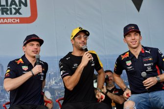 Max Verstappen, Red Bull Racing, Daniel Ricciardo, Renault, and Pierre Gasly, Red Bull Racing, on stage