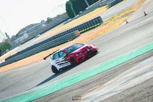 Nicolò Pezzuto, Massimiliano Pezzuto, Volkswagen Golf GTI TCR