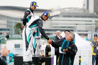 Bandar Alesayi, Saudi Racing receives his 2nd position trophy on the podium