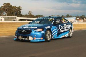 Автомобиль Holden Commodore ZB Макоули Джонса, Team CoolDrive