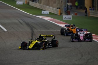 Nico Hulkenberg, Renault R.S. 19, leads Sergio Perez, Racing Point RP19, and Lando Norris, McLaren MCL34