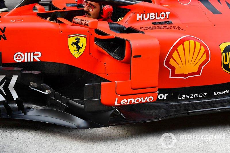Detalle del bargeboard del Ferrari