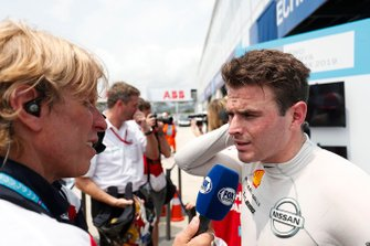Oliver Rowland, Nissan e.Dams, talks to the press after taking his maiden pole position