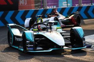 Nelson Piquet Jr., Panasonic Jaguar Racing, Jaguar I-Type 3, Daniel Abt, Audi Sport ABT Schaeffler, Audi e-tron FE05