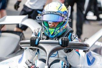 Felipe Massa gets out of his Venturi Formula E Venturi VFE05