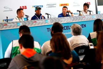 Simon Evans, Team Asia New Zealand, Cacá Bueno, Jaguar Brazil Racing,Bryan Sellers, Rahal Letterman Lanigan Racing, Sérgio Jimenez, Jaguar Brazil Racing, in conferenza stampa