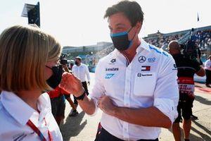 Susie Wolff, Teambaas Venturi Racing, Toto Wolff, Teambaas en CEO, Mercedes, vieren feest