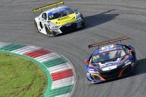 #55 Nova Race, Honda NSX GT3 Evo: Francesco Massimo De Luca, Jacopo Guidetti e #12 Audi Sport Italia, Audi R8 LMS GT3 Evo: Lorenzo Ferrari, Riccardo Agostini