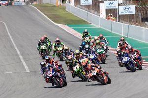 Start der Superbike-WM 2021 in Barcelona: Toprak Razgatlioglu, PATA Yamaha WorldSBK Team, führt