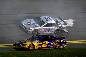 Crash: Brad Keselowski, Team Penske, Ford Mustang Pirtek, Chase Briscoe, Stewart-Haas Racing, Ford Mustang Mobil 1