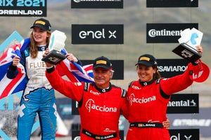 Laia Sanz, Carlos Sainz, Sainz XE Team, 3rd position, on the podium