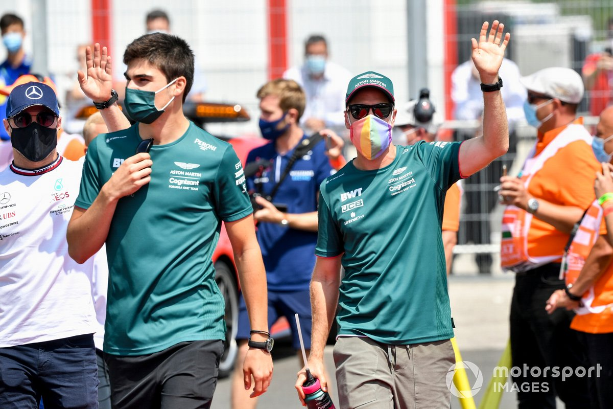 Lance Stroll, Aston Martin, Sebastian Vettel, Aston Martin in the drivers' parade