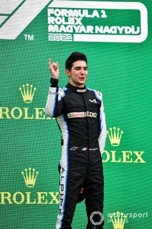 Esteban Ocon, Alpine F1, 1st position, on the podium