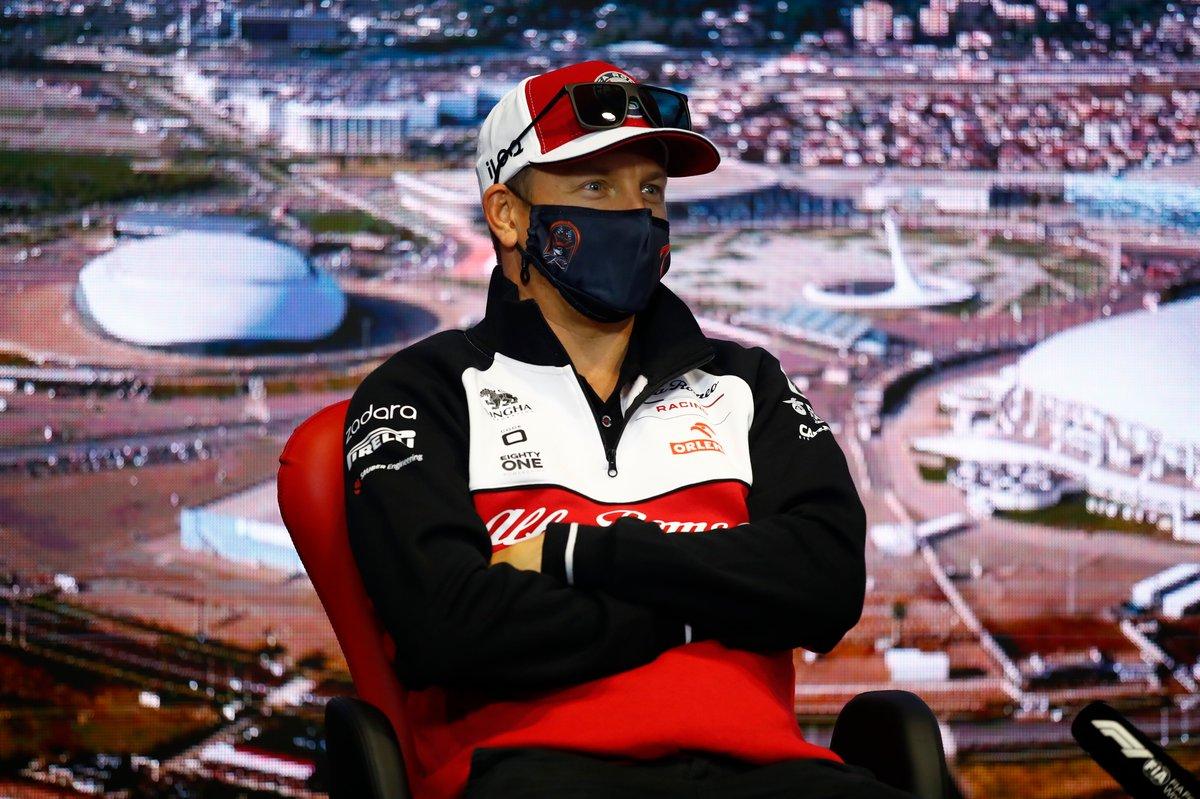 Kimi Raikkonen, Alfa Romeo Racing en la rueda de prensa