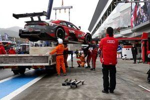 Loic Duval, Audi Sport Team Phoenix Audi RS5 DTM after the crash