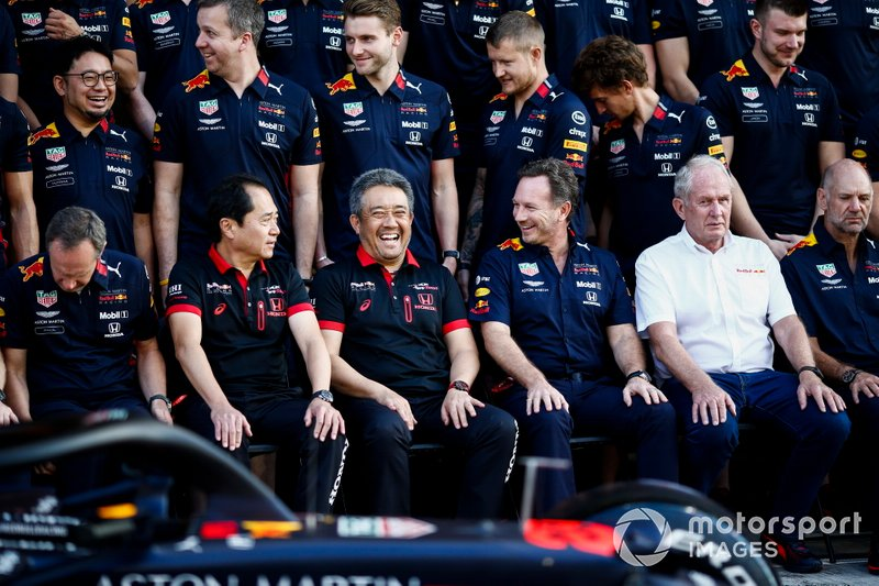 Toyoharu Tanabe, Director Técnico de F1, Honda, Masashi Yamamoto, Director General, Honda Motorsport, Christian Horner, Director de Equipo, Red Bull Racing, Helmut Marko, Consultor, Red Bull Racing y Adrian Newey, Director Técnico, Red Bull Racing