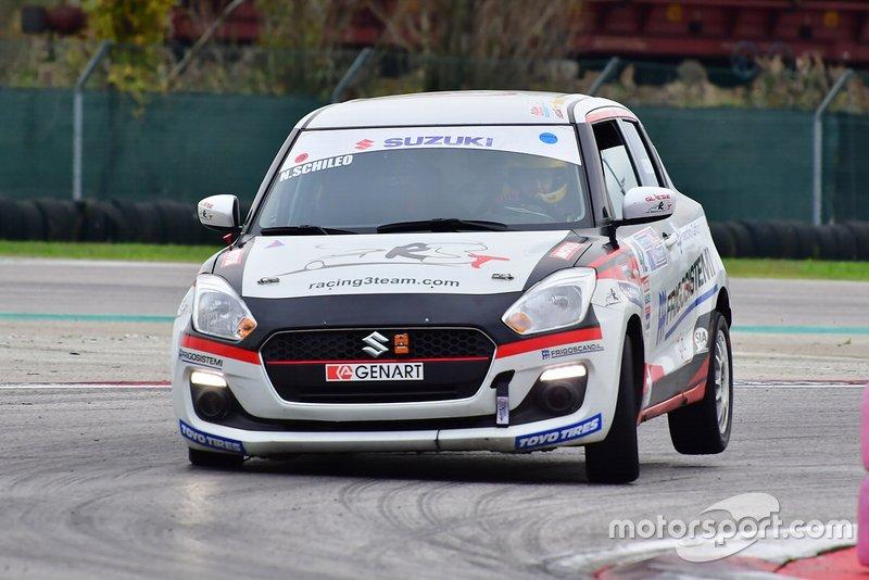 Nicola Schileo vincitore nella gara dell'Adria Motor Week