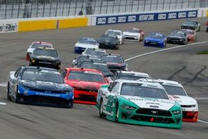 Austin Cindric, Team Penske, Ford Mustang MoneyLion and Ryan Sieg, RSS Racing, Chevrolet Camaro CMR Roofing
