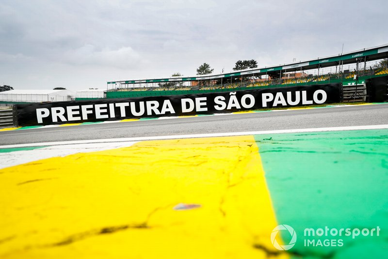 Sao Paulo signage