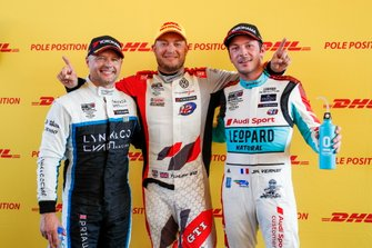 Pole sitter Rob Huff, SLR VW Motorsport Volkswagen Golf GTI TCR, Andy Priaulx, Cyan Performance Lynk & Co 03 TCR, Jean-Karl Vernay, Leopard Racing Team Audi Sport Audi RS 3 LMS